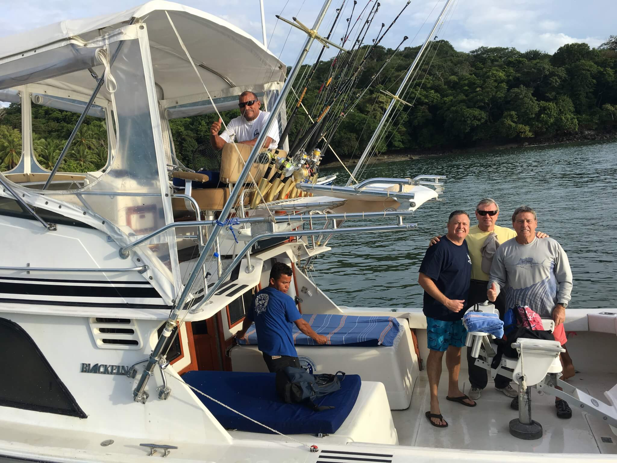 group of people about to depart on a panama fishing trip
