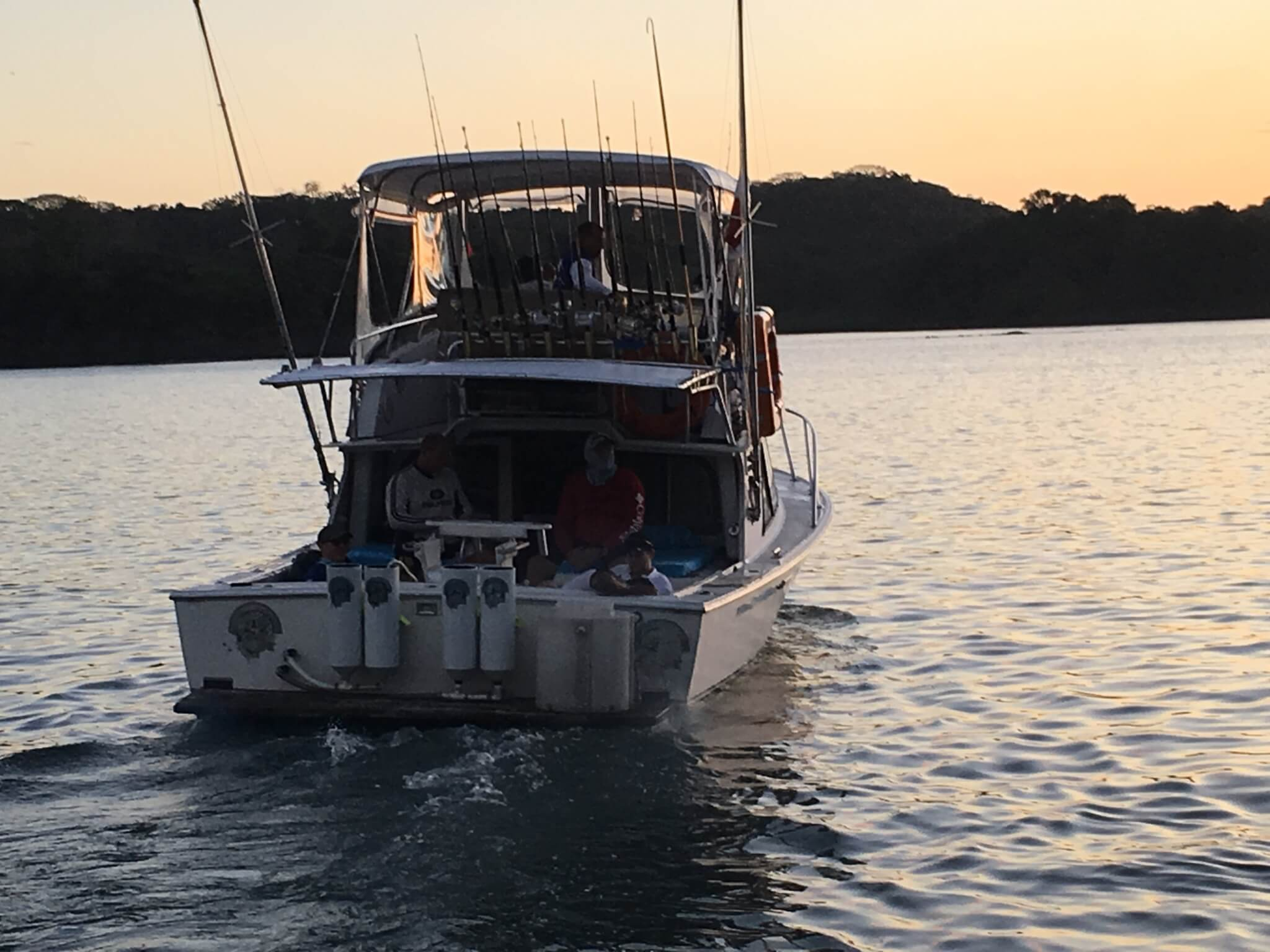 Selecting a Charter Company with Sports Fishing Boats